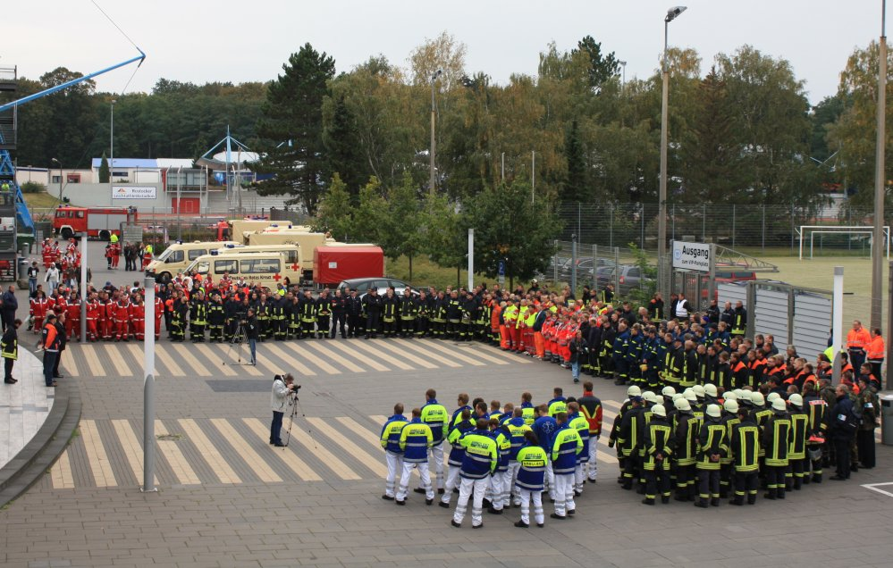 """Katastropenschutzübung """"Stadion 2009"""" im Ostseestadion Rostock"""